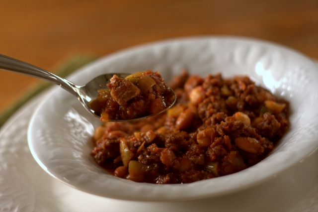 Prize-winning chili for a crowd